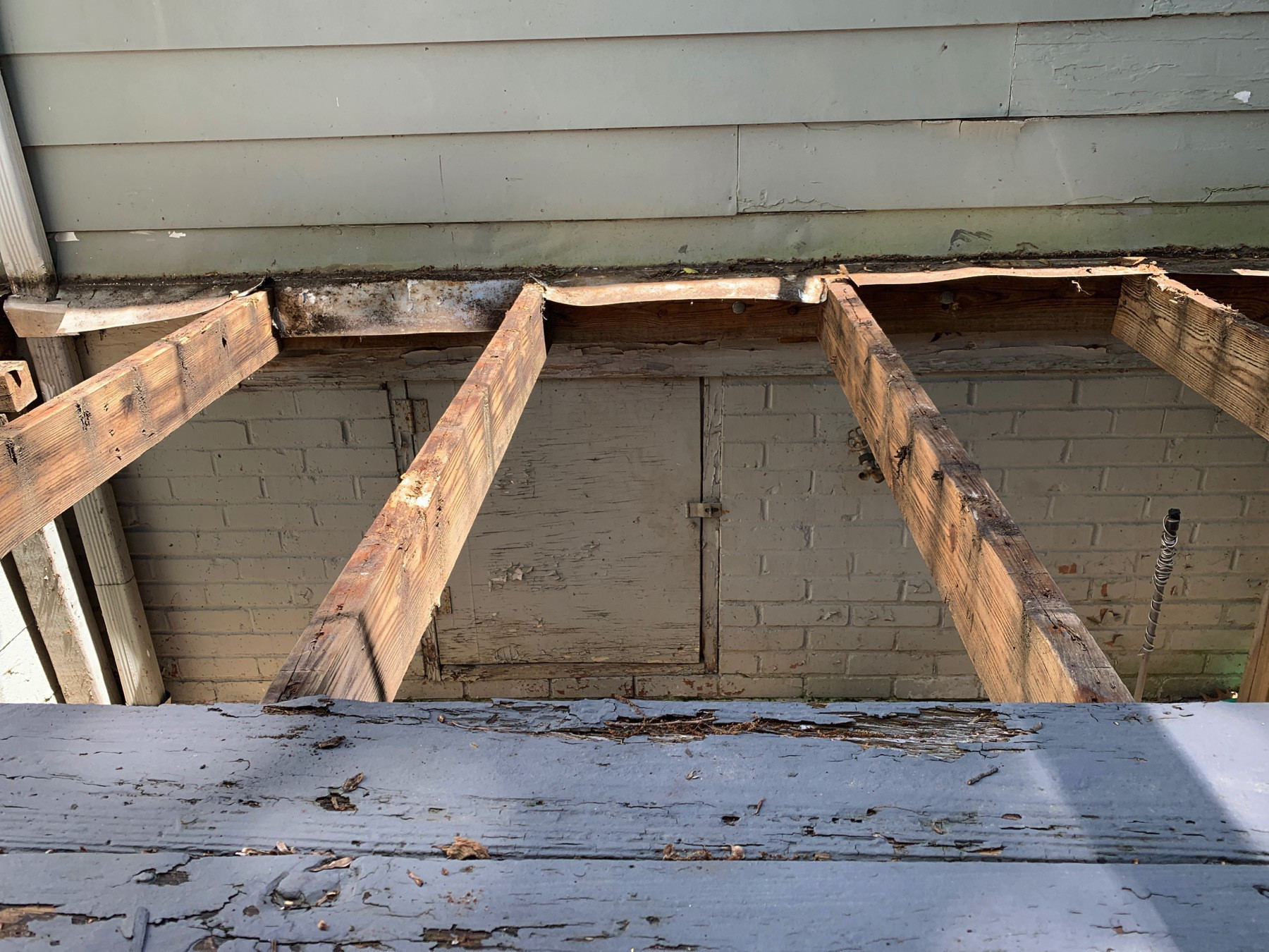 old rotten joists that need to be replaced